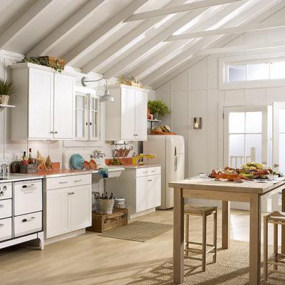 Cottage maple white kitchen cabinets
